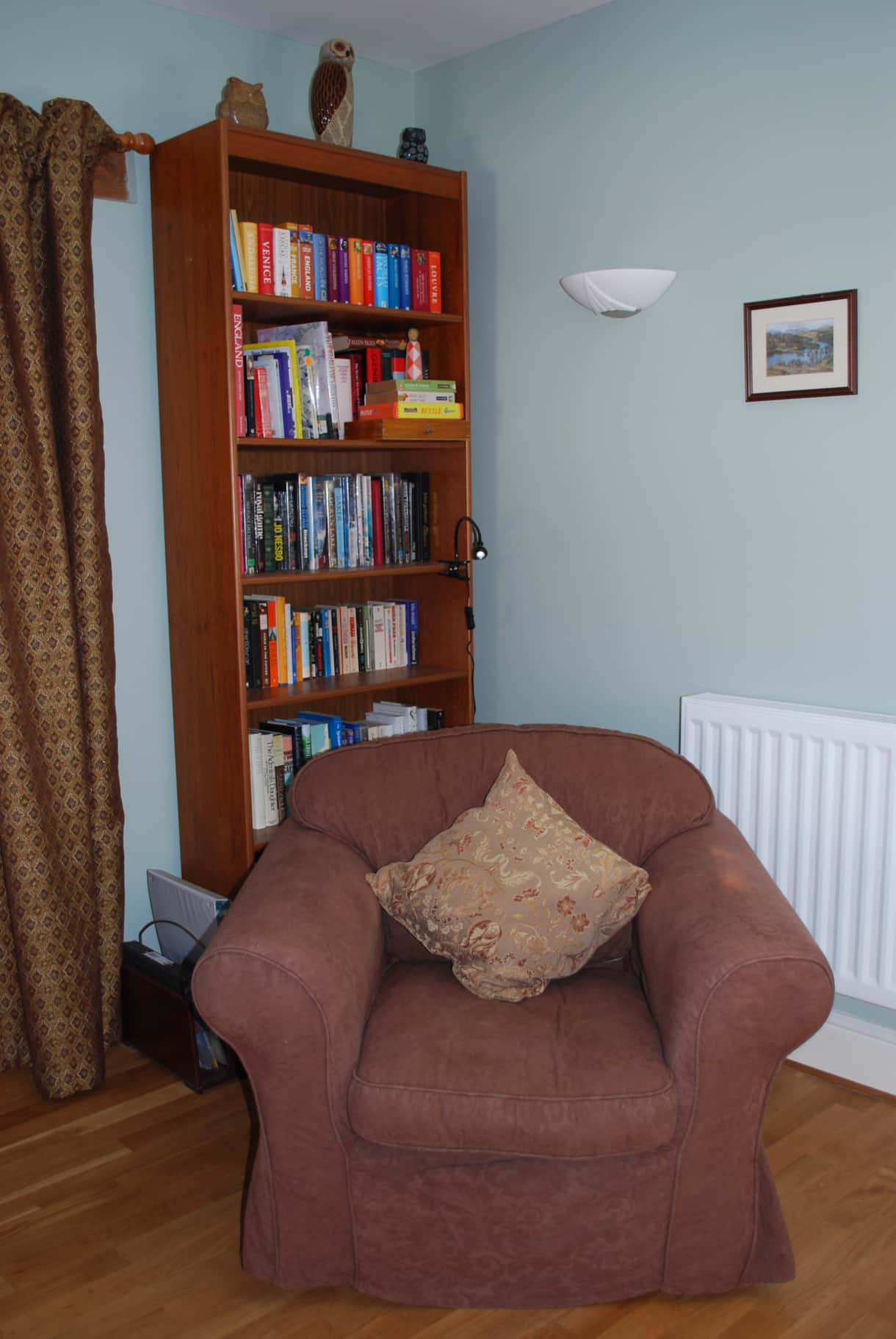Open plan living: reading corner