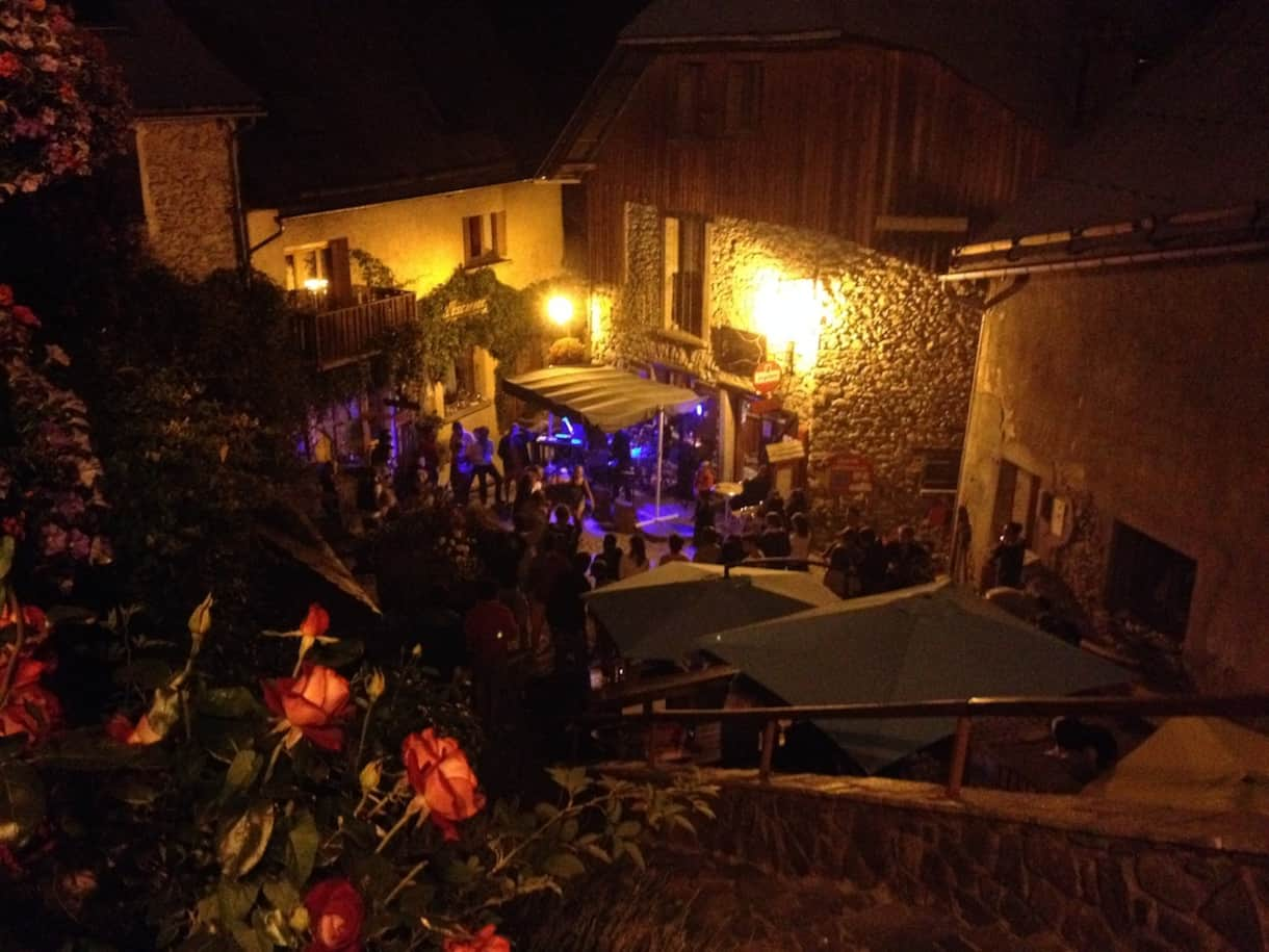 Live Music in Venosc