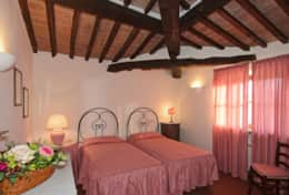 Vacation-Rentals-in-Tuscany-Pisa-Casale-Selvola-(14)