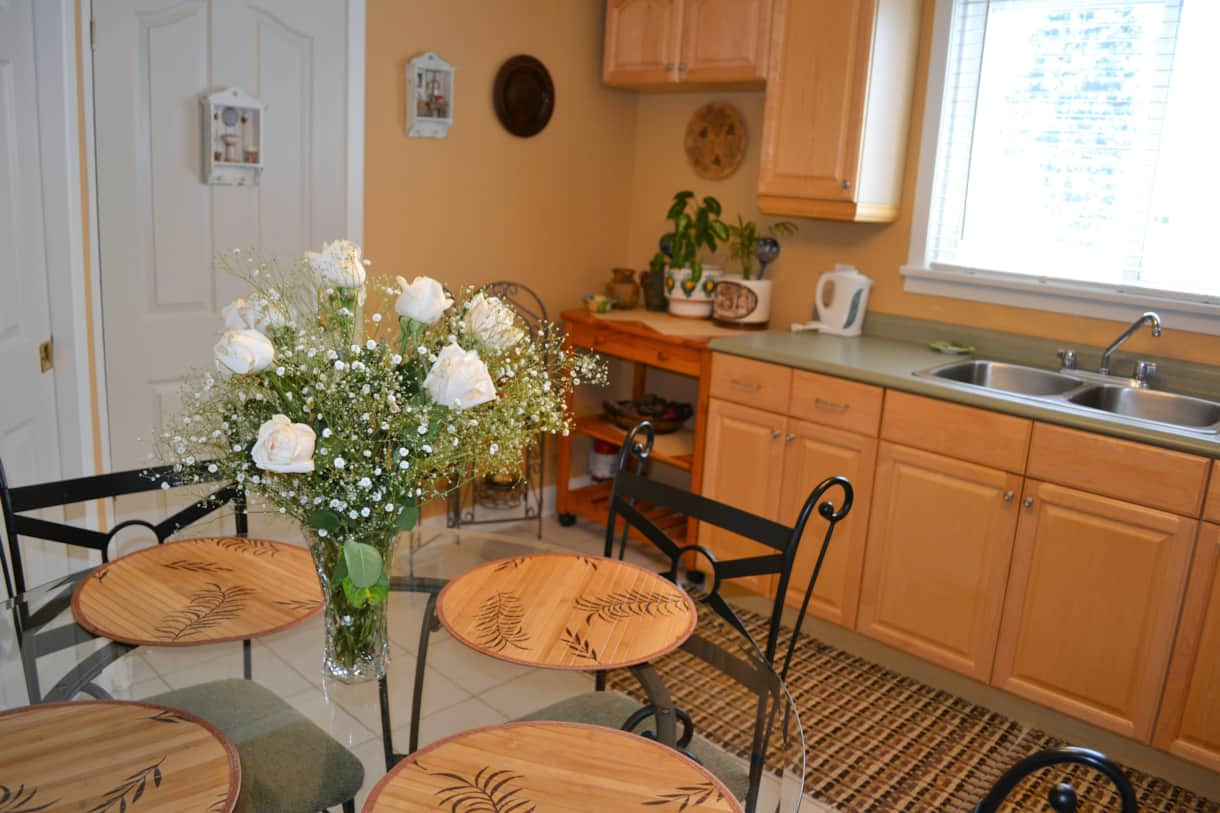 Williams Gate B&B Niagara-on-the-Lake,, Main Floor Suite - Kitchen