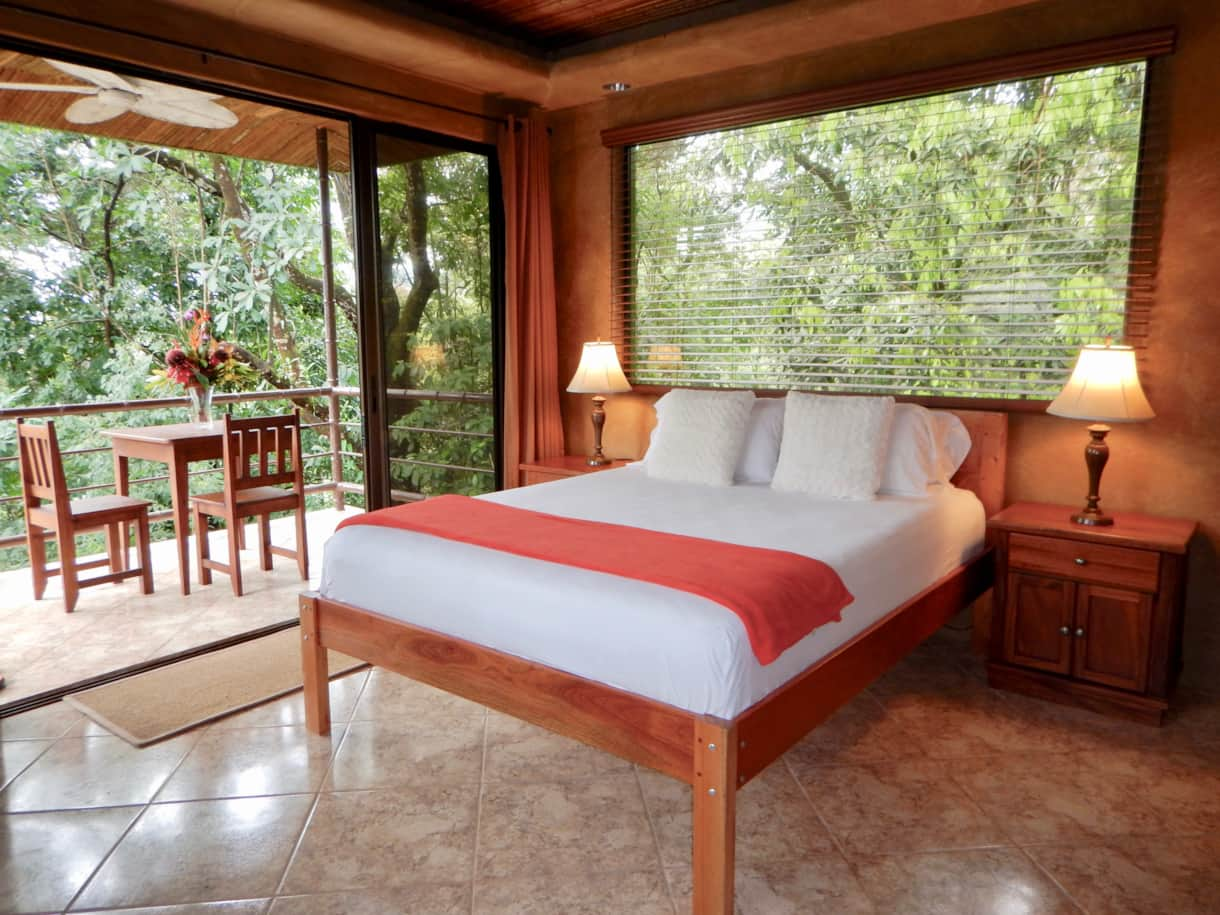 Couples Jungelow Views
