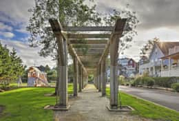 Beautiful arbor and quaint community.