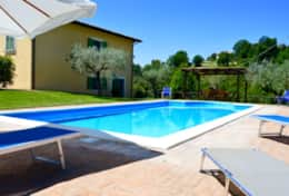 Colle Arponi, modern villa with private pool