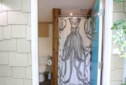 Deluxe bell tent private bathroom - Asheville Glamping