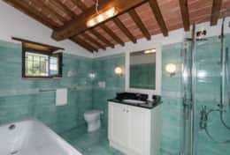 Holiday-in-Tuscany-Poppi-Villa-Borgo-Bibbiena (42)
