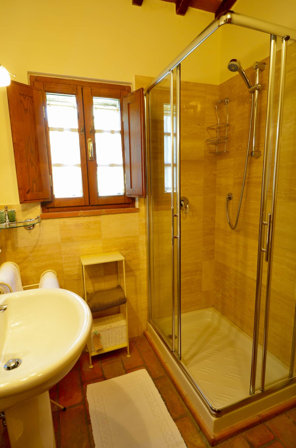 Master Ensuite Showerroom