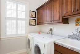 Exclusive Private Villas, 5 Bedroom Classy Vacation Home in Florida (E191) - Laundry Room
