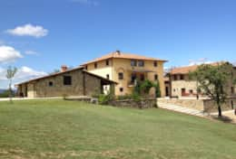 Holiday-in-Tuscany-Poppi-Villa-Borgo-Bibbiena (11)