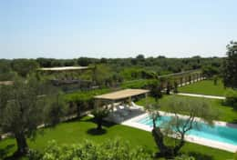Casino Pisanelli - view of the garden, pool and country - Ruffano - Salento