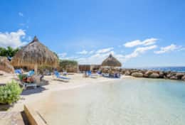 036 private beach with palapa´s