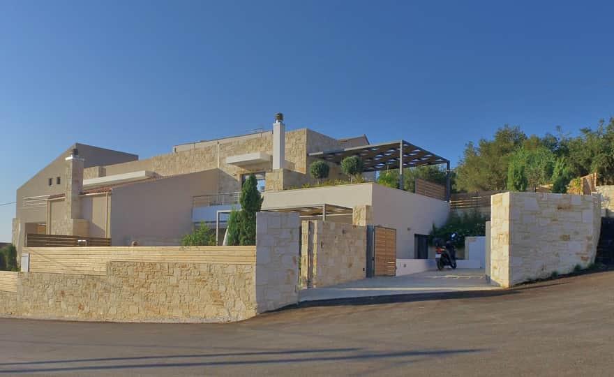 Villa Karga Amp Villa Nova Villa In Almyrida