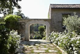 31 Pure Villa d'Olives, Provence, France