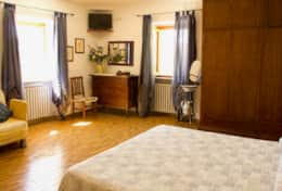 La Villa estate for holidays in Umbria, room 1
