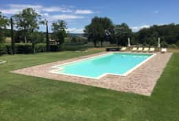 At only 10 minutes from Orvieto, a holiday home with private pool