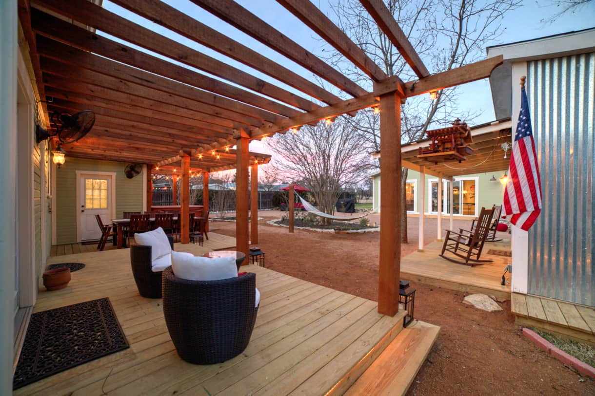 Large pergola deck, and dining area overlooking beautiful private courtyard