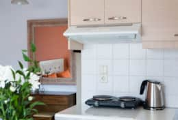 Zoi_Studios_number_11_kitchenette