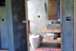 Quarto e wc / Bedroom and wc