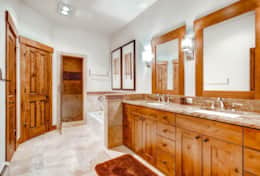 Mountain Thunder - Master bathroom