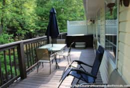 HAVEN RENTALS - PICS - CREEKSIDE UNIT 3 - BACK PORCH WITH FURNITURE - IMG_8863