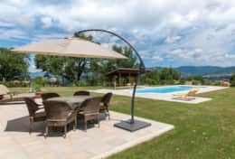 Holiday-in-Tuscany-Poppi-Villa-Borgo-Bibbiena (1)