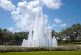 2281 Island Cove Cir-large-004-4-Entrance Fountain-1500x1000-72dpi