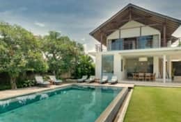 kavya_gallery_16_view_of_villa_from_the_pool