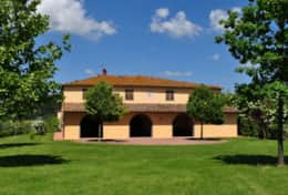 Vacation-Rentals-in-Tuscany-Pisa-Casale-Selvola-(1)