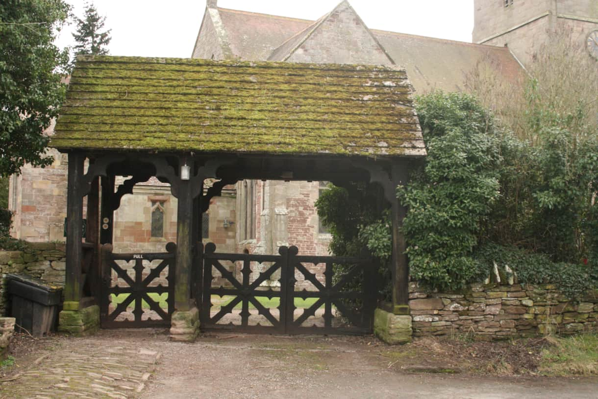 Pigeon House B&B Bodenham Church