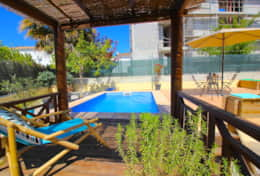 Private pool, big garden, sleeps 7